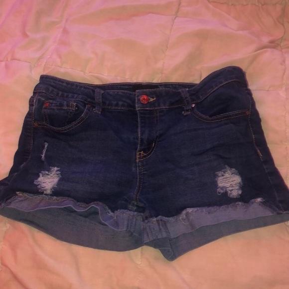 celebrity pink denim shorts
